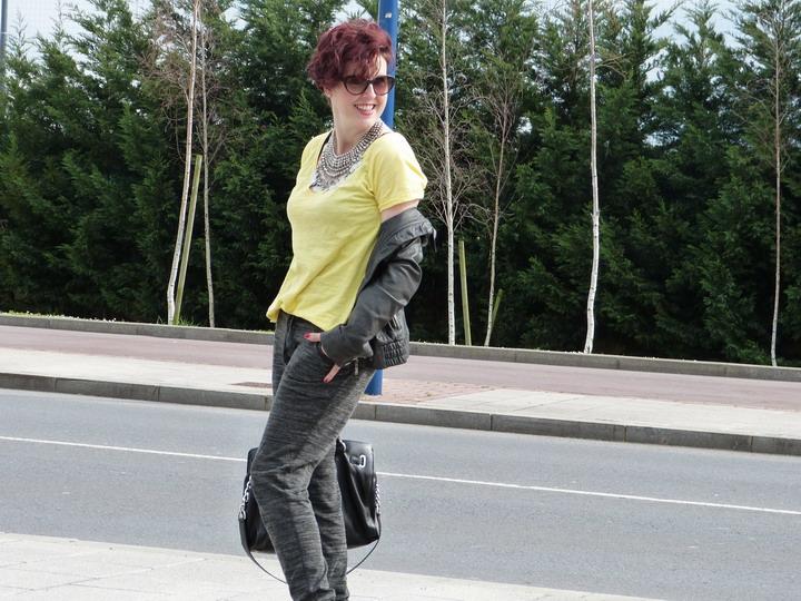 Camiseta amarilla (7)