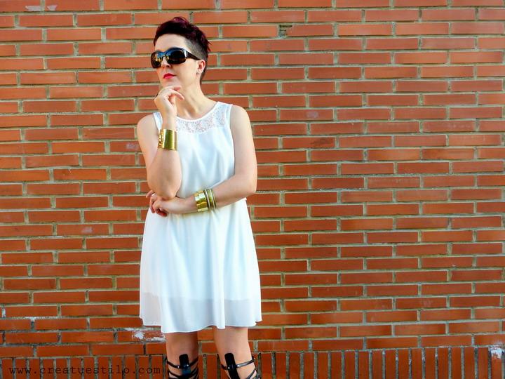 Vestido blanco con dorado (5)